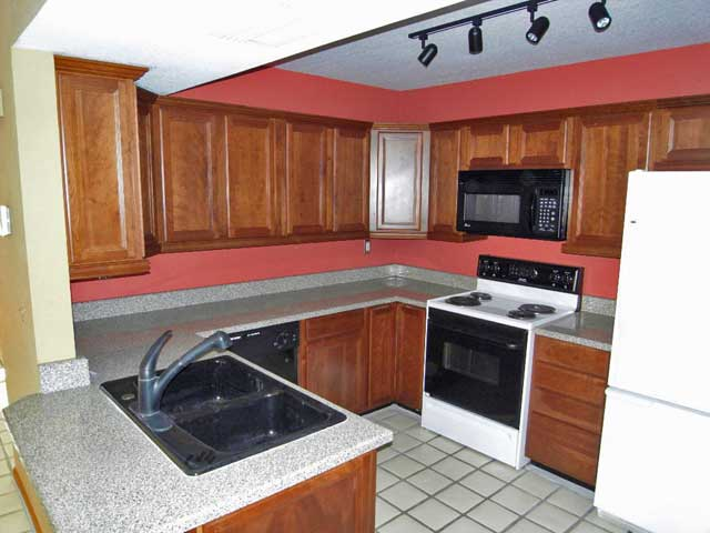 image of kitchen and Tempe town home
